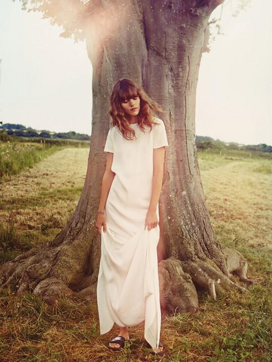 freja-beha-erichsen-vogue-uk-january-2014-12 - tree