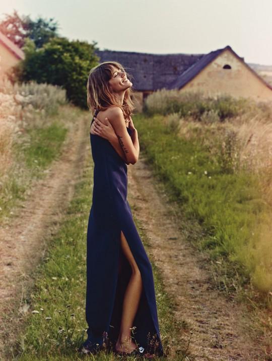 freja-beha-erichsen-vogue-uk-january-2014-9 slit - dress