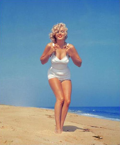 marilyn-monroe-bathing-suit-long-island